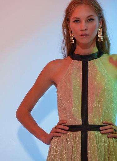 Agenda Sümeyye Kaçmaz Tasarımı Elbise Bej